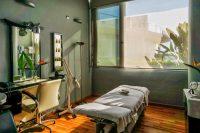 Hotel Puerto Juan Montiel sala tratamientos.jpg