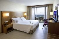 Hotel Diamante Beach Habitacion Supreme.jpg