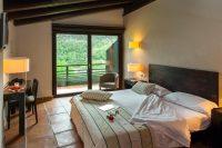 Hotel rural Spa Resguard dels Vents habitacion.jpg