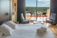 Hotel Can Xiquet habitacion vistas.jpg